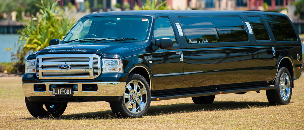 15-SEAT-FORD-EXCURSION